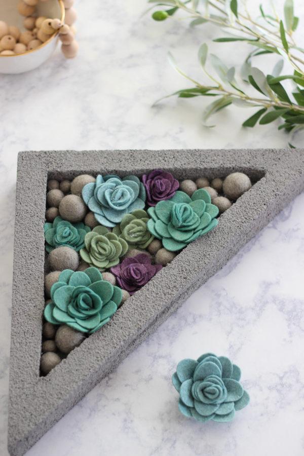 DIY Faux Concrete Succulent Planter via The Casual Craftlete