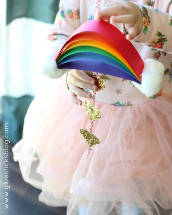St. Patrick's Day Rainbow Craft via Gluesticks Blog