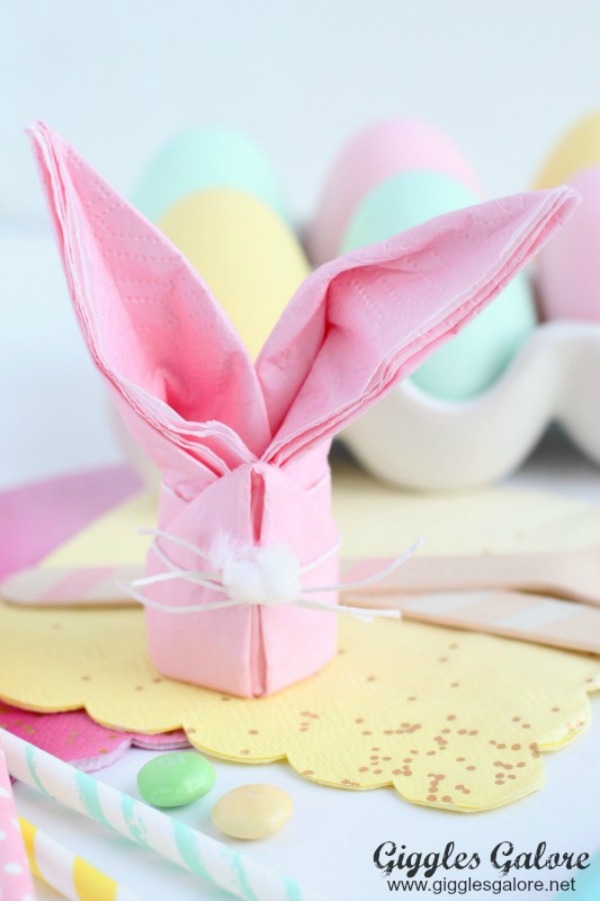 Easter Bunny Napkins via Giggles Galore