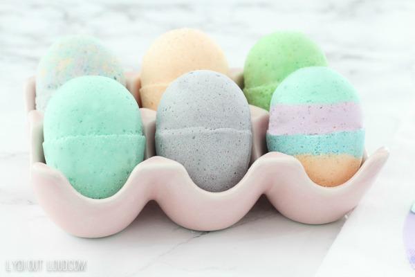 DIY Easter Egg Bath Bombs via Lydi Out Loud