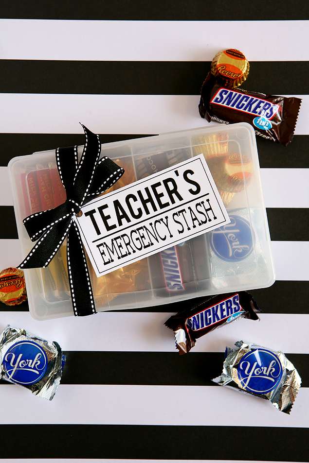 My favorite gift to give teachers on Teacher appreciation day | Teacher's Emergency Kit