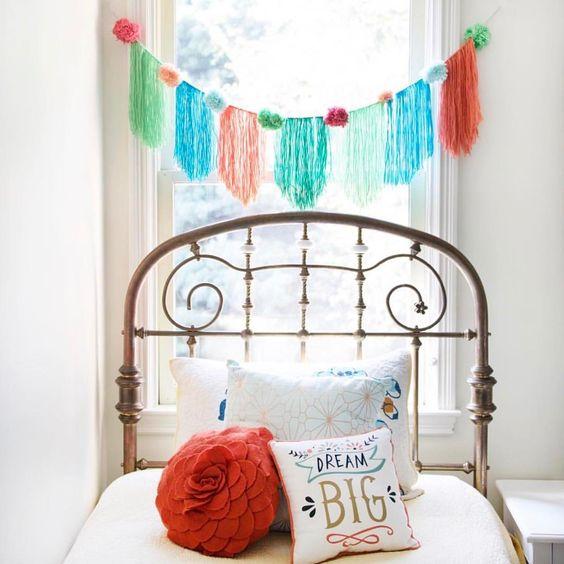 DIY Yarn Banner | Girls Bedroom Ideas