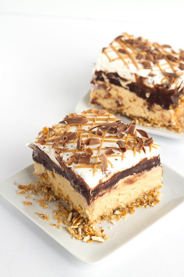 Chocolate Peanut Butter Layered Dessert via Cookie Dough and Oven Mitt