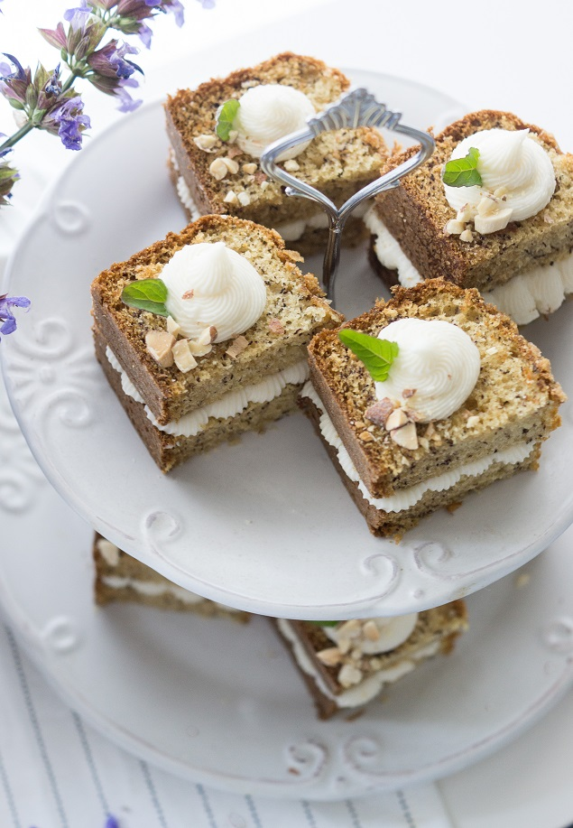 Banana Bread Recipe With Cream Cheese Frosting
