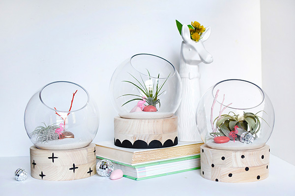 Modern DIY Terrariums via Delineate Your Dwelling | Show and Tell Link Party