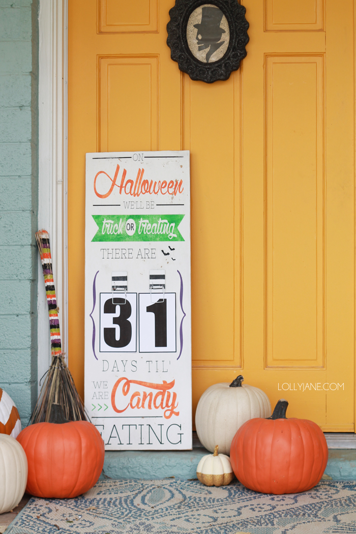 DIY Halloween Countdown Board