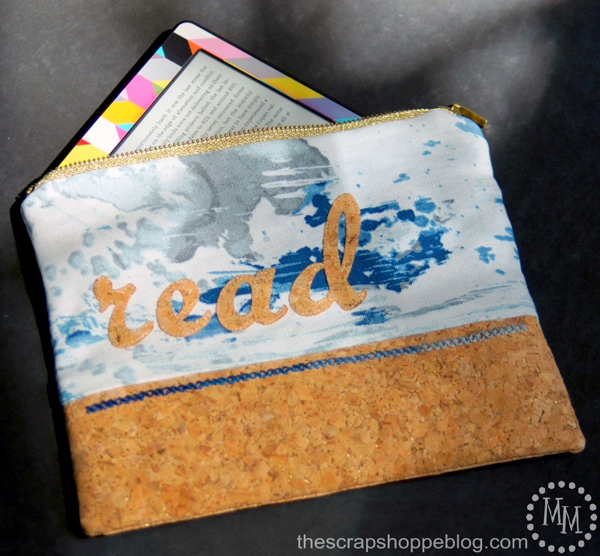 E-Reader Zipper Pouch via The Scrap Shoppe Blog