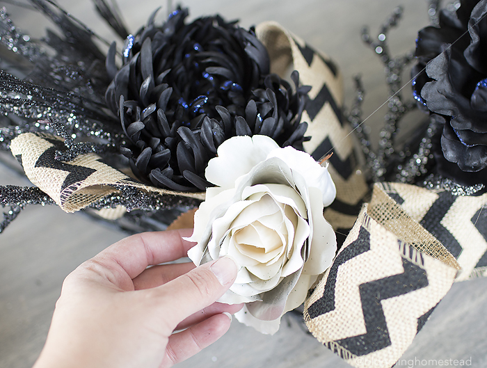 How to make a Glam Halloween Wreath