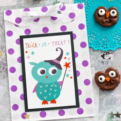 Chocolate Owl Pretzels with Halloween Printables