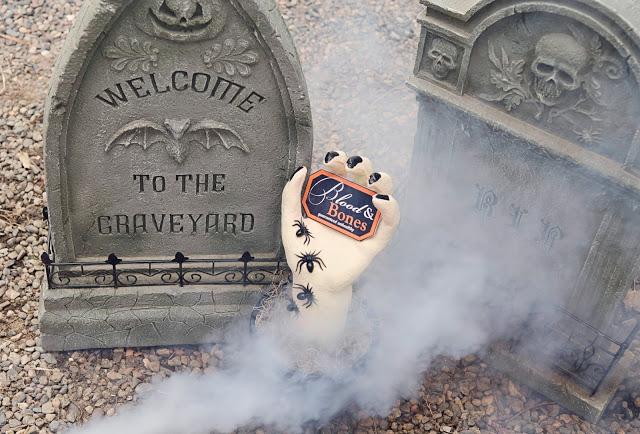DIY Creepy Halloween Hand | Halloween Decorations