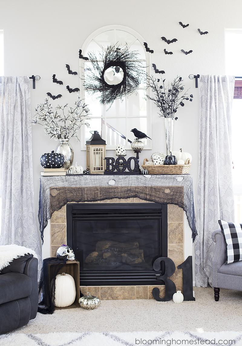 DIY Glam Halloween Wreath