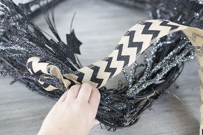 DIY Glam Halloween Wreath | Halloween Decorations