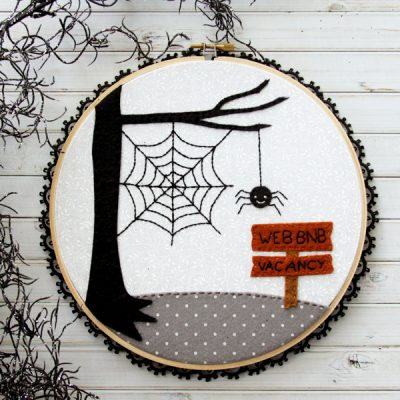 Web BnB Halloween Hoop Art