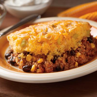 Chili Cornbread Bake | Perfect family dinner for Fall