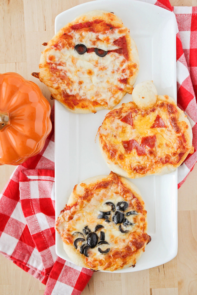 Halloween Mini Pizzas from The Baker Upstairs