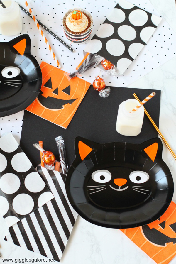 Purr-fect Halloween Party via Giggles Galore