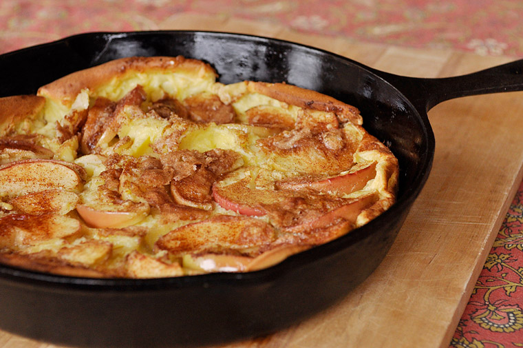 Planning the Perfect Christmas Brunch | Cinnamon Apple Dutch Baby Pancake from Your Homebased Mom