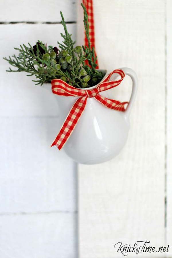 Farmhouse Christmas Ornament via Knick of Time