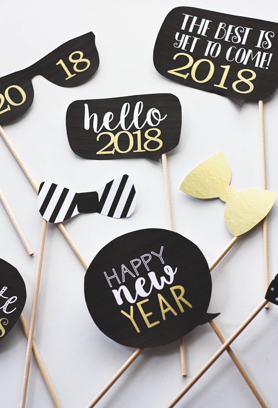 New Years Eve Photo Props | Free Printable New Years Eve Photobooth Props