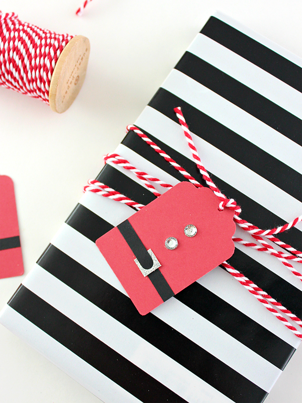 Show and Tell Link Party | Santa Suit Gift Tags via White House Crafts