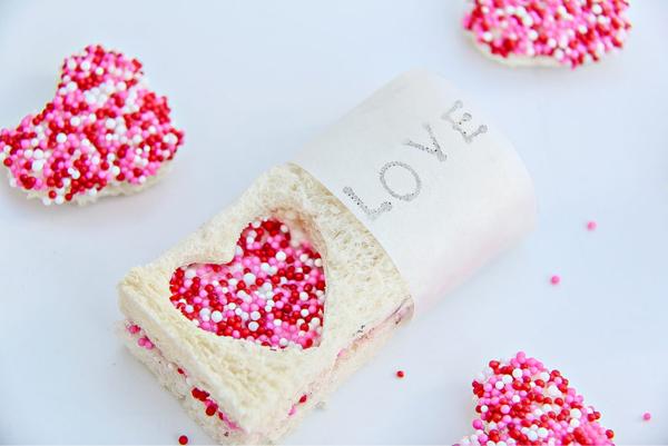 Valentine's Day Fairy Bread Treats via 5 Minutes for Mom