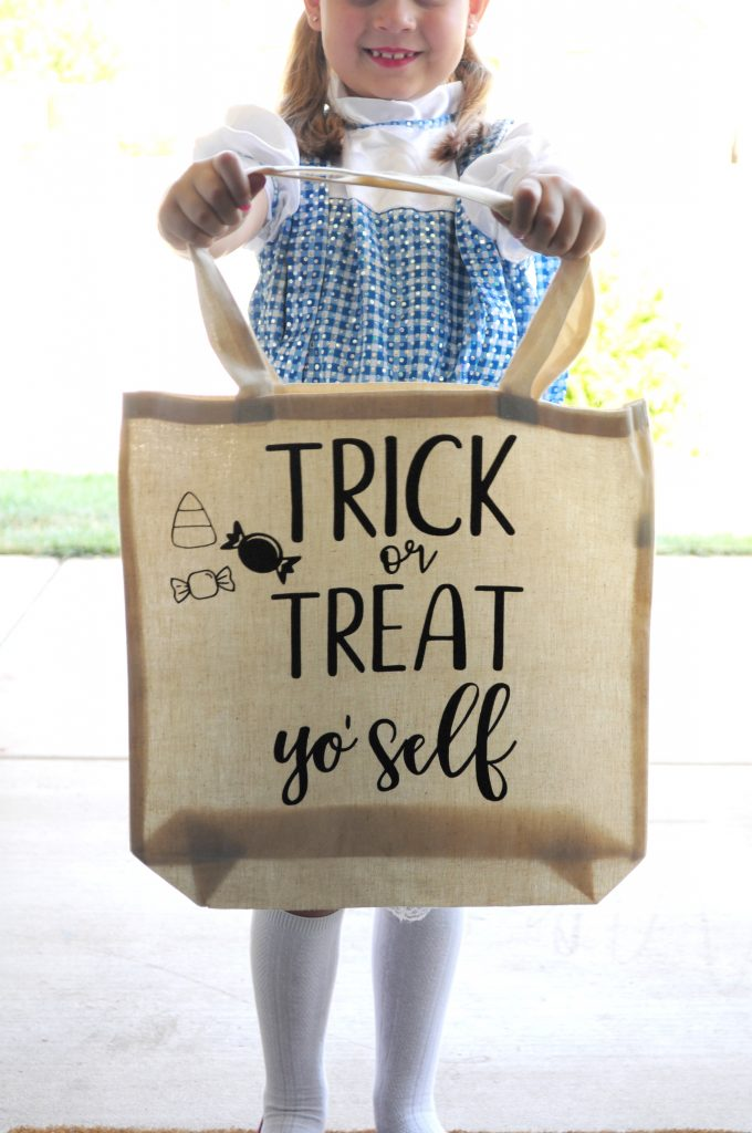 Make these adorable Trick or Treat bags. So easy and fun!!