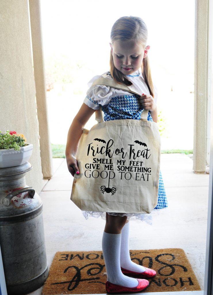Cutest DIY Trick or Treat Bags