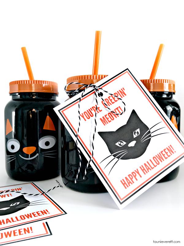 You're Creepin' Meowt! Printable black cat Halloween gift tags.