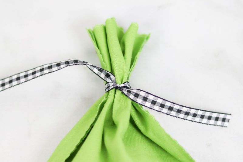 How to make No Sew Halloween Goodie Bags
