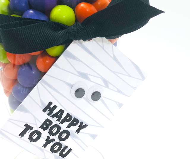 Free Printable Happy Boo To You Mummy Tags | Attach these to a Halloween treat and you have a super cute gift!