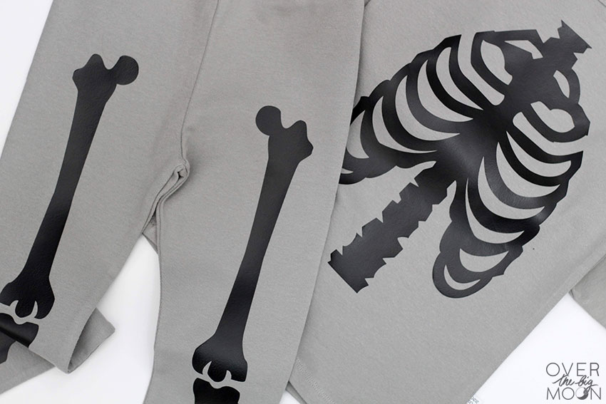 DIY Skeleton Pajamas | Halloween Crafts