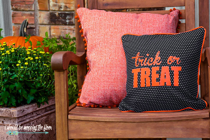 How to make Envelope Style Halloween Pillows