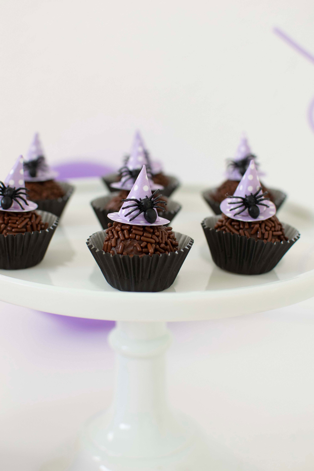 Halloween Chocolate Fudge Balls | Delicious chocolates dressed up as Halloween witches!