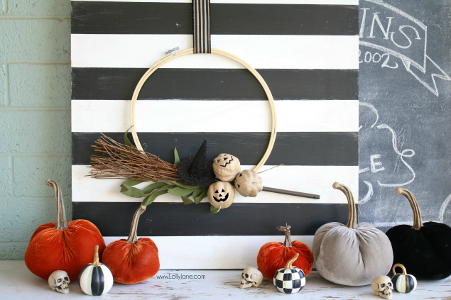 The Cutest Halloween Hoop Wreath