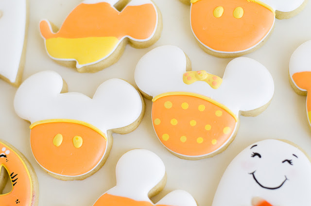 Mickey Mouse Halloween Party |  Fun Mickey Halloween cookies