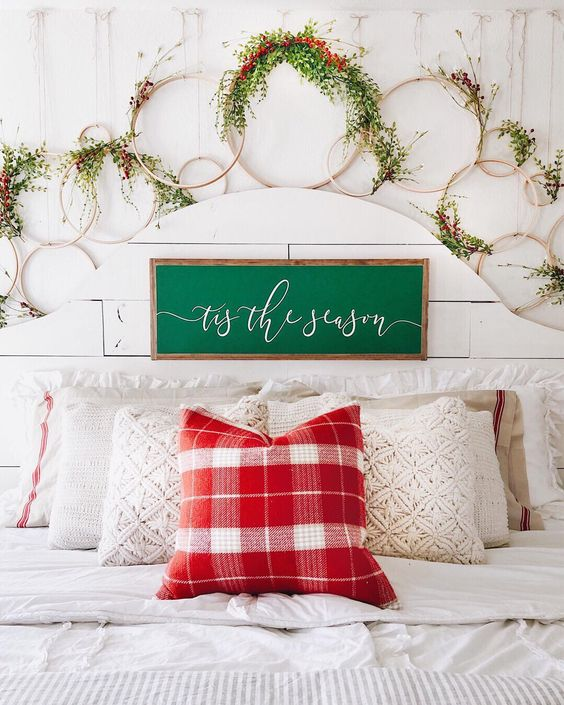 Farmhouse Christmas Decor - Christmas Wreaths | Cotton Stem