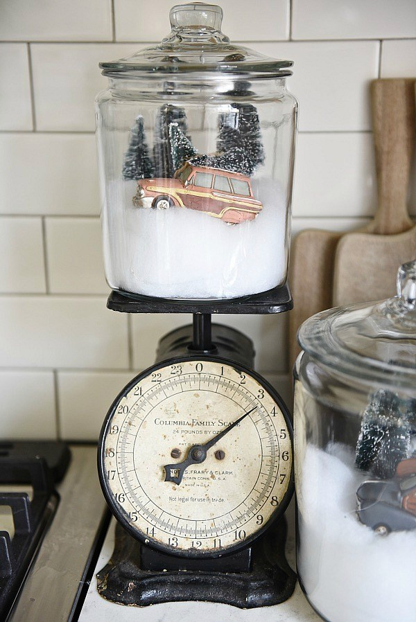 Farmhouse Christmas Decor - DIY Snow Globe Jars | Liz Marie Blog