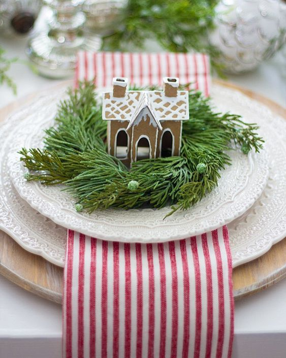 Farmhouse Christmas Decor - Gingerbread Table Settings | Sweet Rose and Wren