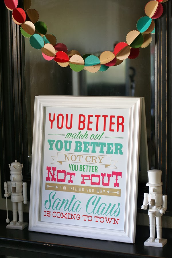 25+ Free Christmas Printables for your Home - Santa Claus Is Coming To Town | Eighteen25