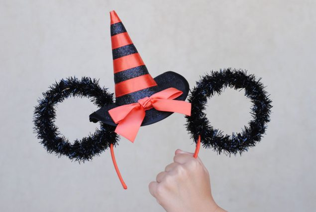 DIY Minnie Ears To Make for Halloween