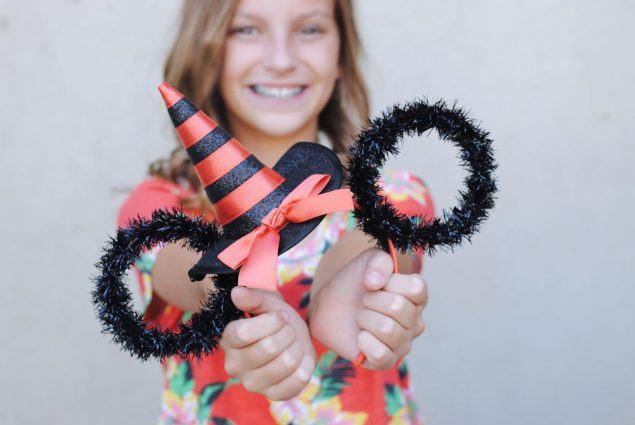 Adorable Minnie Ears to make for Halloween!