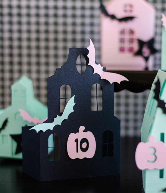 Adorable Haunted Halloween House Countdown