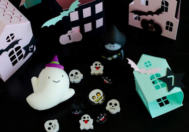 Halloween treats and prizes