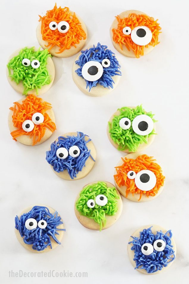 Super Cute Monster Halloween Cookies | Halloween Treats